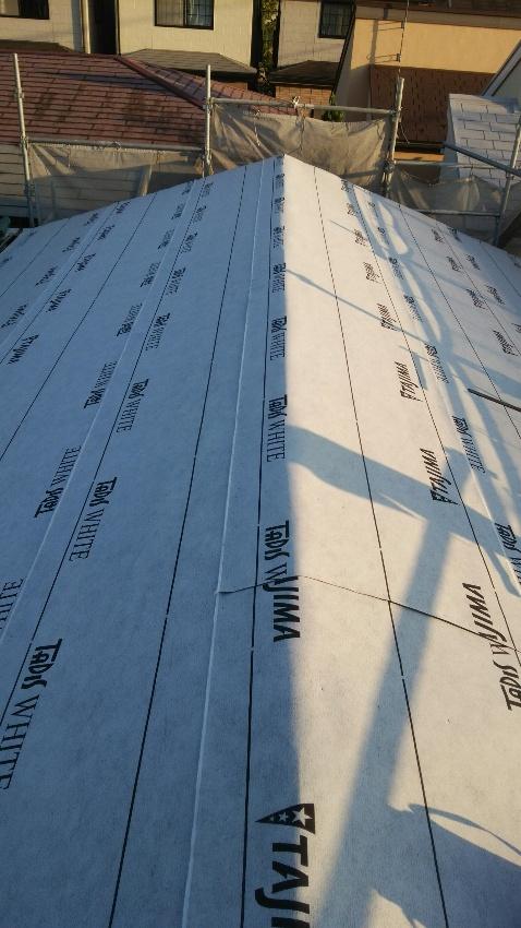 高級改質アスファルト・屋根下葺材張り