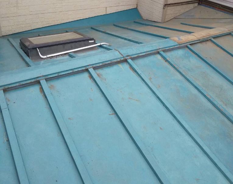 ベランダ撤去後、既存屋根